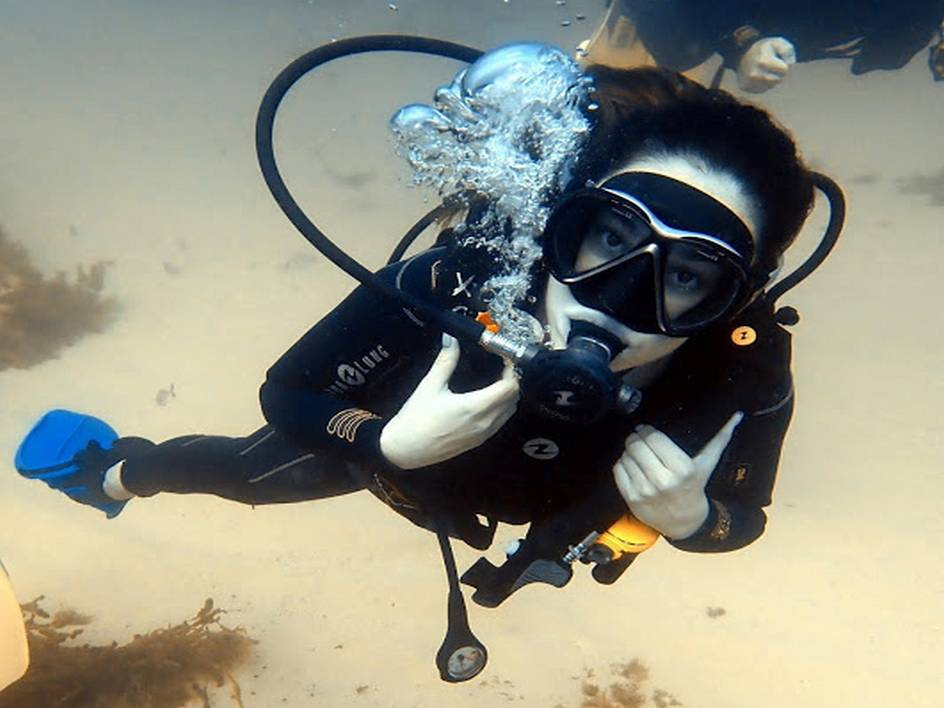 Bapteme de plongee avec bapteme-formation-plongee-malte.fr